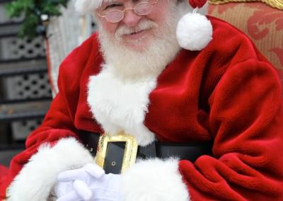 Santa Al natural Bearded Santa Claus for hire