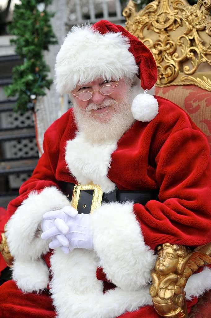 santa al naturally bearded santa claus for hire mysti