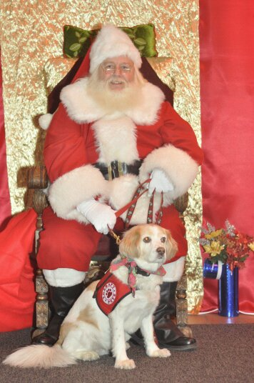 Santa Eugene - pet friendly Santa Claus